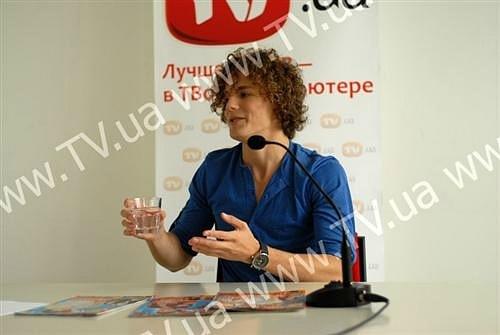 http://cs10777.vkontakte.ru/u94979882/139229374/x_623033dd.jpg