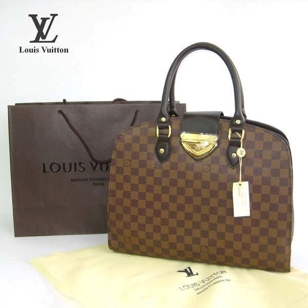 Вот еще один хороший магазин сумок под бренды: http://xrfptx.taobao.com.