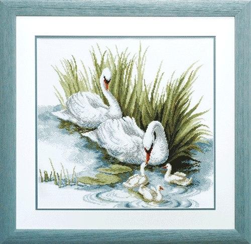 для вышивки крестом Лебеди