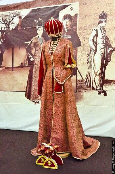Национальный адыгский (черкесский) костюм. Реконструкция Мадины Хацуковой
