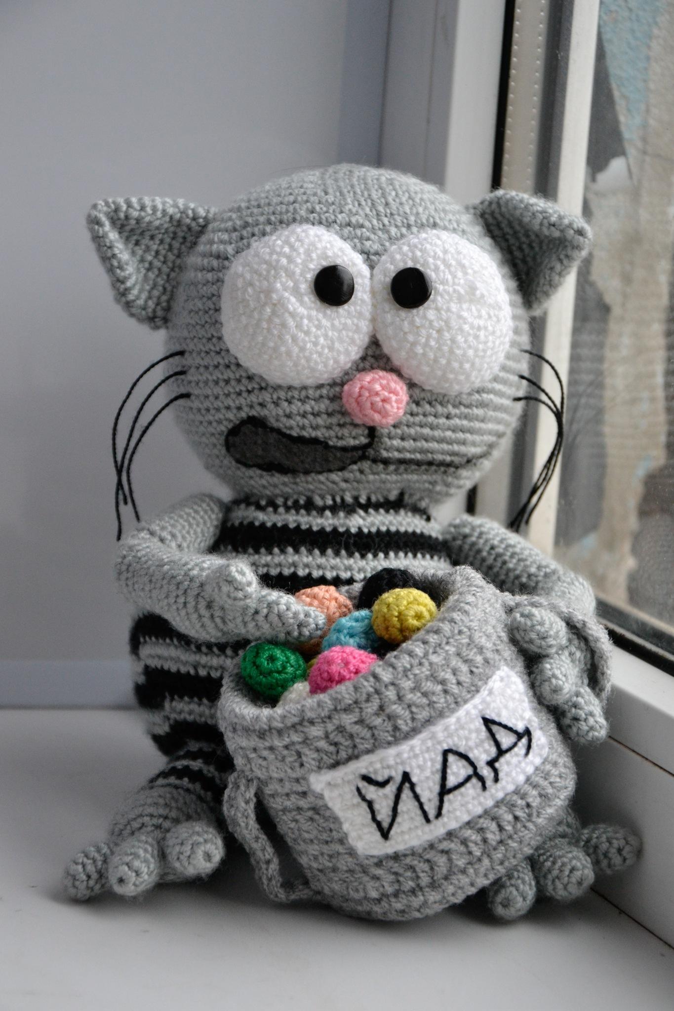 Amigurumi Geek Patterns : Images about crochet geek on pinterest amigurumi