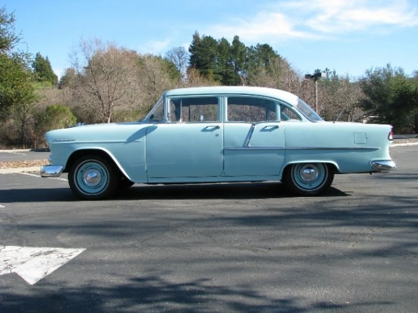 """""""ТРОИЦА ОТ ШЕВИ"""" – 1955 Chevrolet модель 210"""