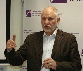 Принята отставка автора доклада о фальсификации выборов