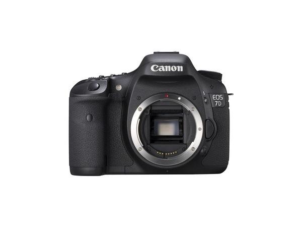 Обои для рабочего стола Тушка Canon EOS 7D