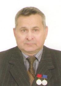 Леонид Теущаков