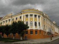 Каменец-подольский колледж архитектуры и дизайна - бывшая городская дума, здание XIX в. / фото с сайта...