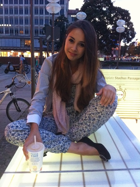 http://cs10894.vkontakte.ru/u141343928/142331588/x_37f5774e.jpg