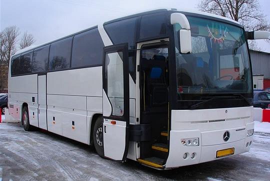 Предприниматель из Астрахани едва не лишился крупной суммы, выпивая с новым знакомым в автобусе.