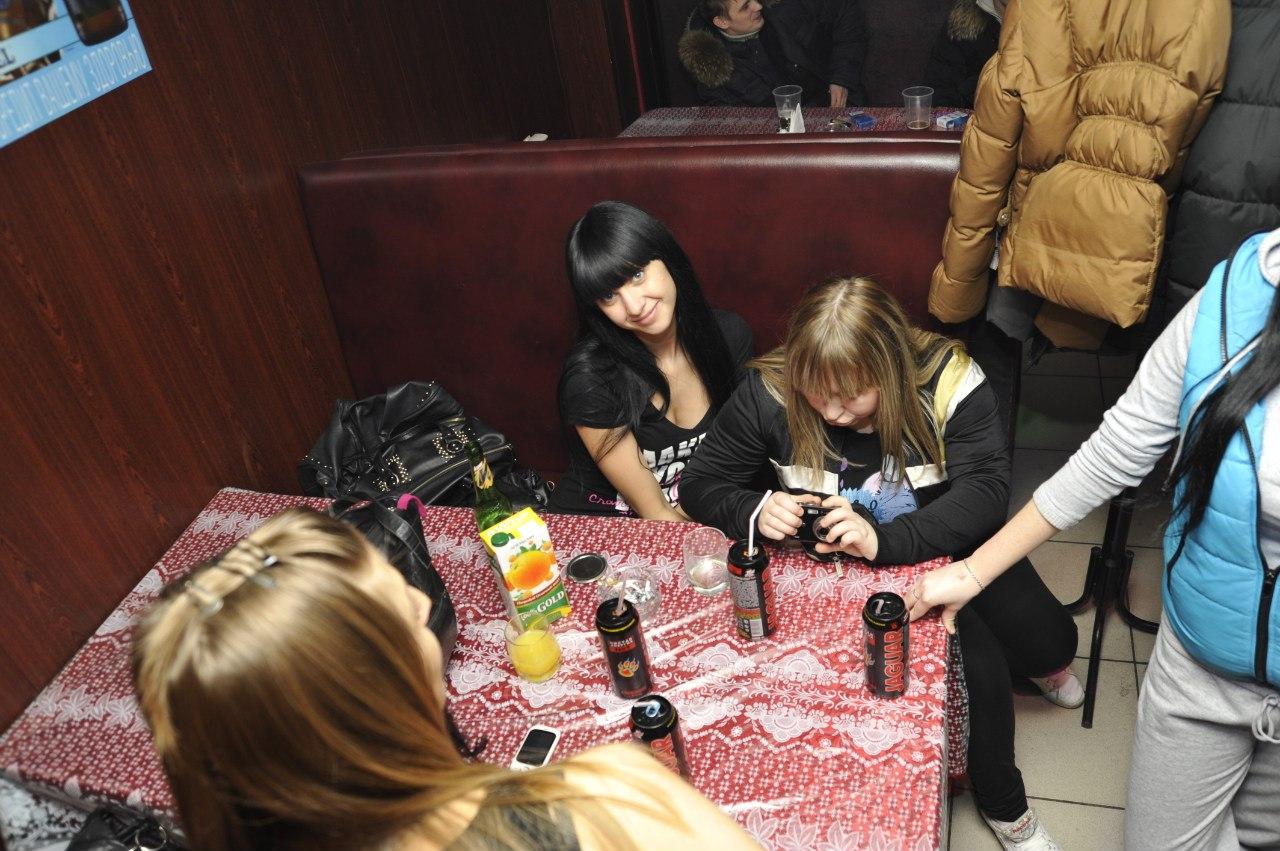 Пьяные в ночном клубе 9 фотография