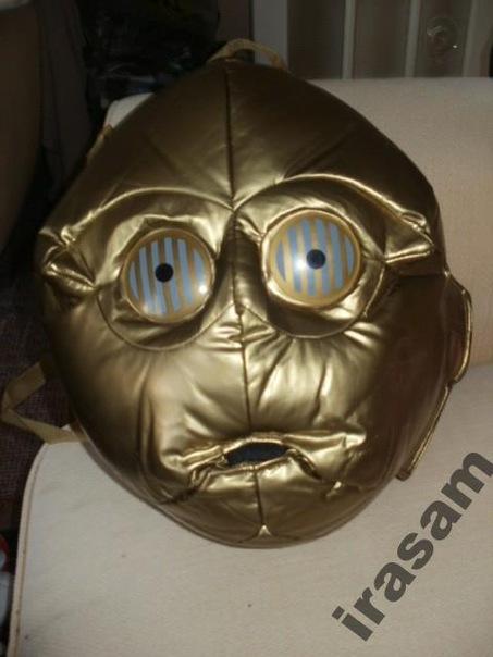 ...есть такой рюкзак C-3PO.  Может, кому-то он очень нужен?  Ира Янюк.