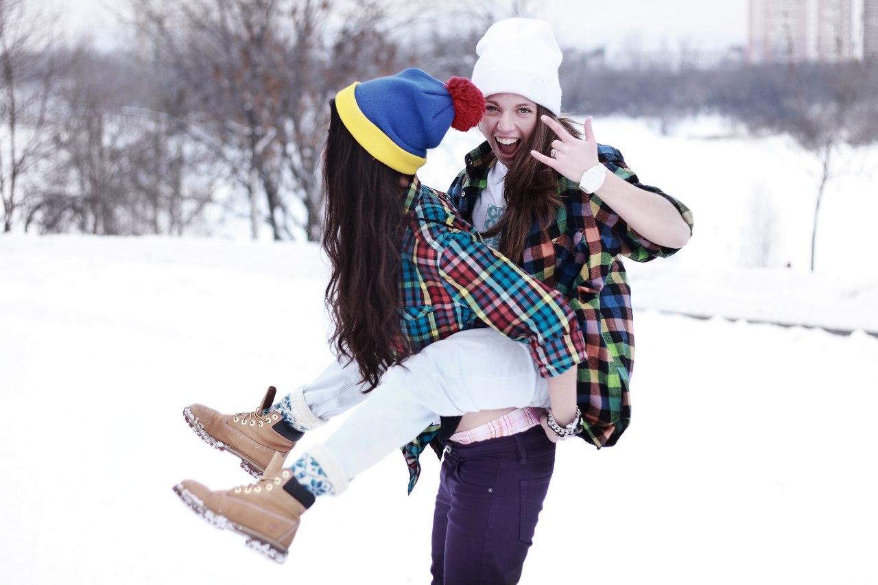 Фото подружек зимой 10 фотография