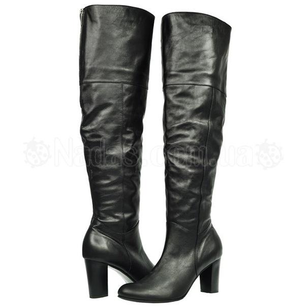 Купить женскую обувь больших размеров: Ботфорты на высоком каблуке Tacchi.