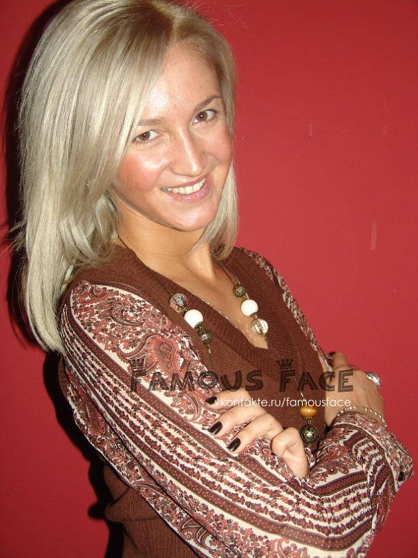 Ольга Бузова в Питере на встрече со своей оф. группой ВКонтакте
