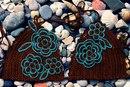 """Можно вязать плавки по схеме, приведенной в статье  """"Шоколадный купальник с рыжими морскими звездами """"."""