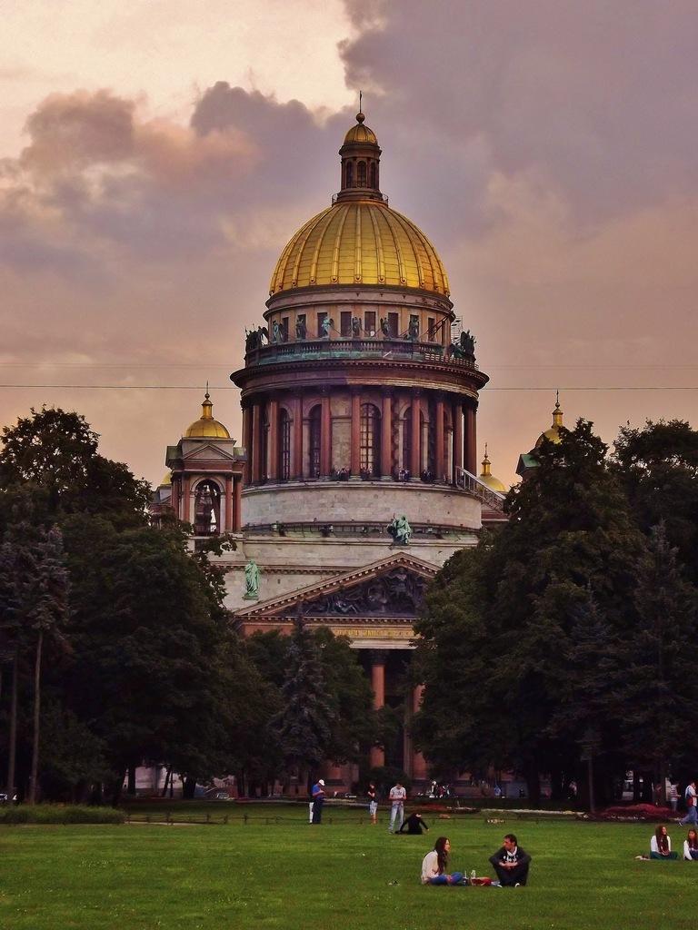 http://cs10993.vkontakte.ru/u13221591/141376542/z_8e97e000.jpg