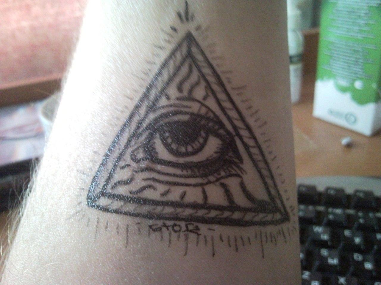 Татуировки гелевыми ручками фото
