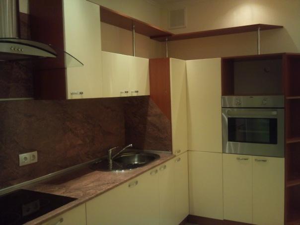 2 ккв в ЖКЗолотая ГаваньТолько длительный срок. Квартира на 21 этаже общей площадью 74 метра, два санузла,...