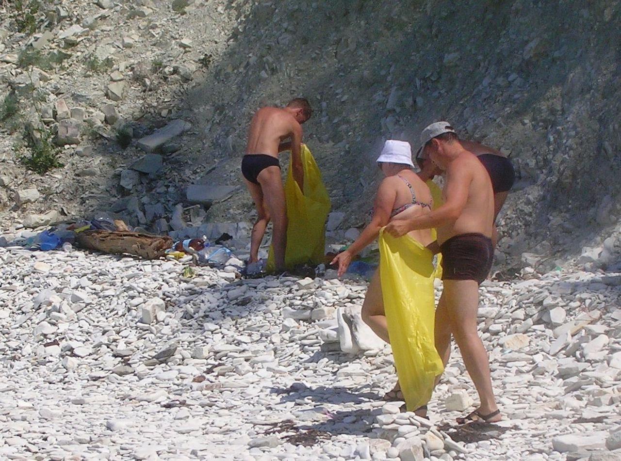 Фото бабушек на пляже 6 фотография