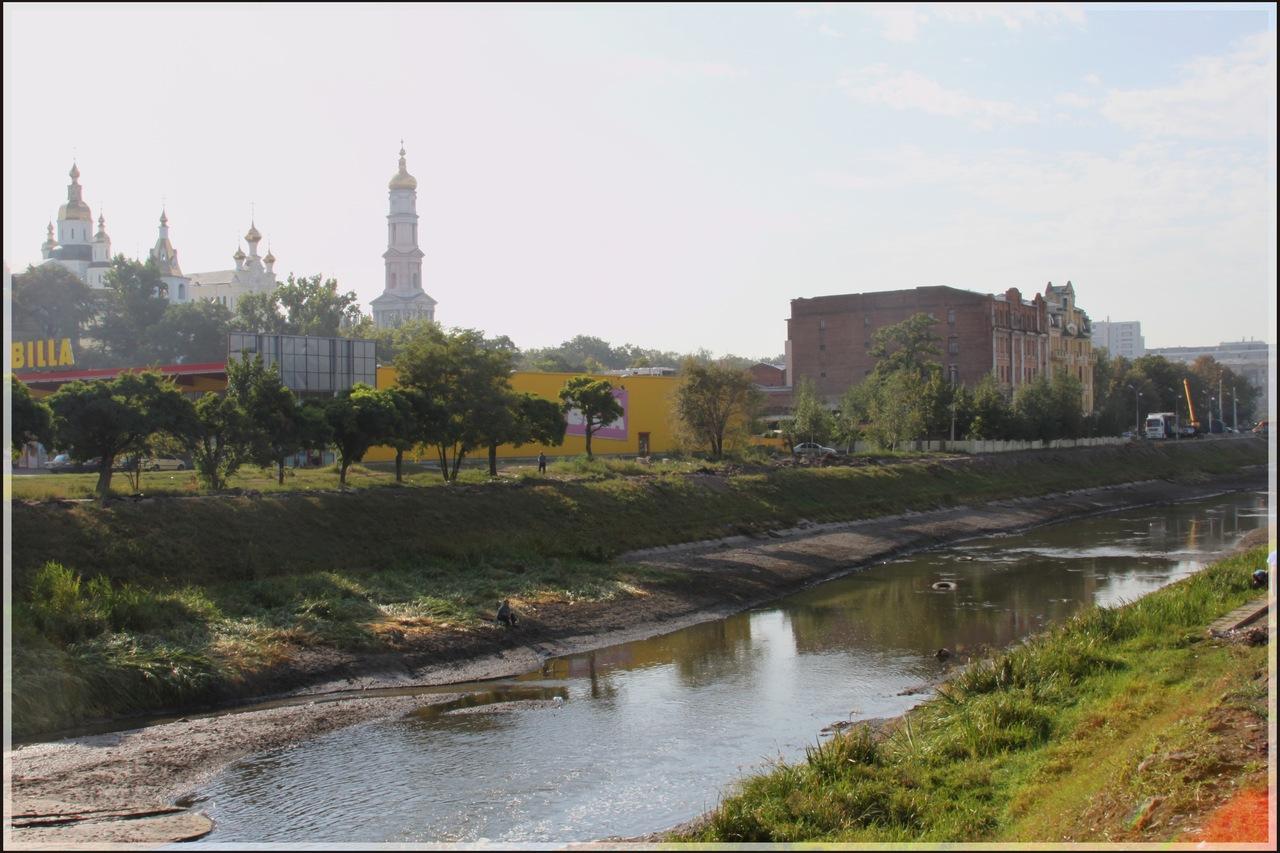август 2011