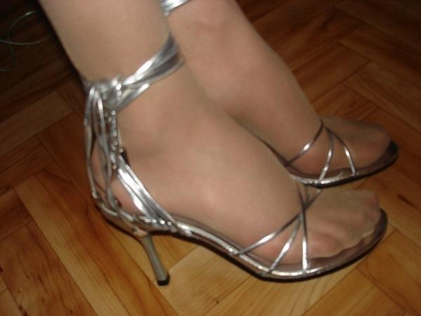 женские ножки в капроне фото
