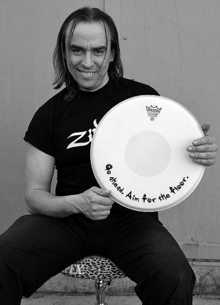 Александр Муренко - барабанщик-виртуоз из Киева, желанный гость на концертных площадках как Украины, так и всего мира