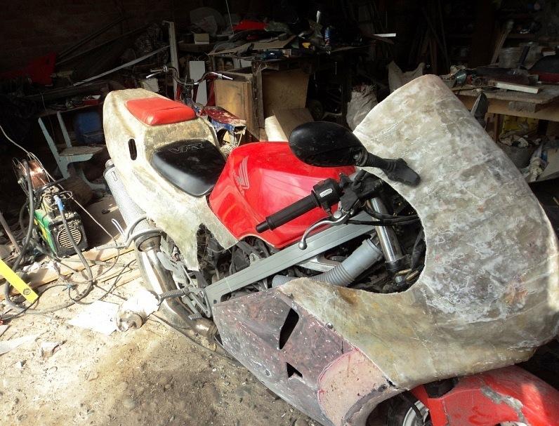 Пластик мотоцикл своими руками