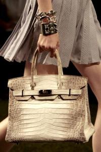 В чем по-вашему прелесть сумки Hermès Birkin?  Д.К.
