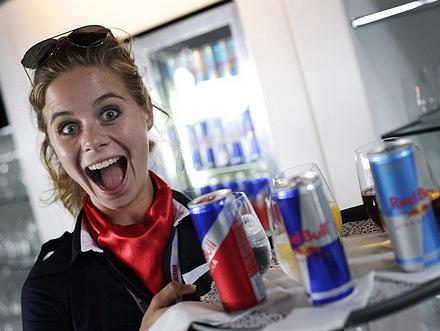 Мировой лидер в производстве энергетических напитков - компания Red Bull...
