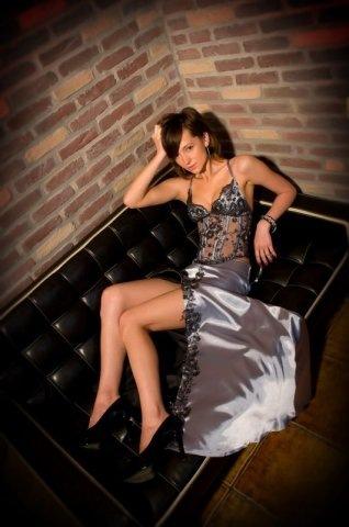 Комментарий: Модные выпускные платья 2011 фото.