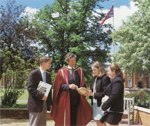 Великобритания. Одаренные ученики не могут сдать выпускные экзамены