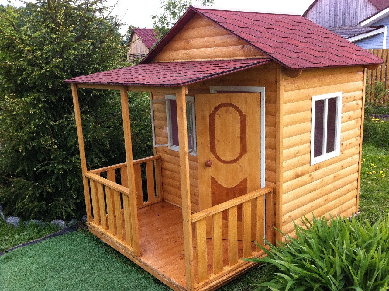 Сделать своими руками деревянный детский домик