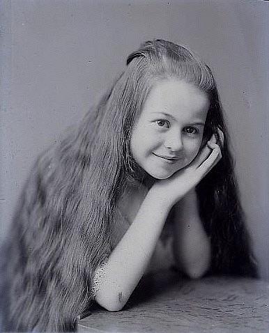Ангелина Декабрьская  