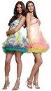 Коктейльные платья 2012 года воплощают в себе очарование женственности.
