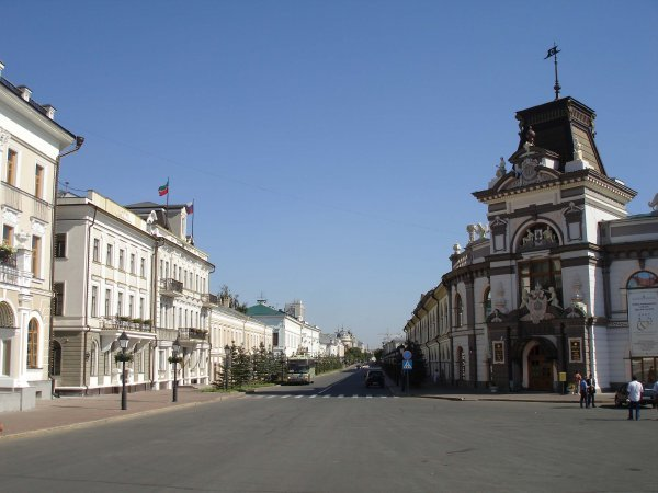 Вслед за пензенскими сектантами, добровольно замуровавшимися под землей, в одном из частных домов Казани в ожидании...