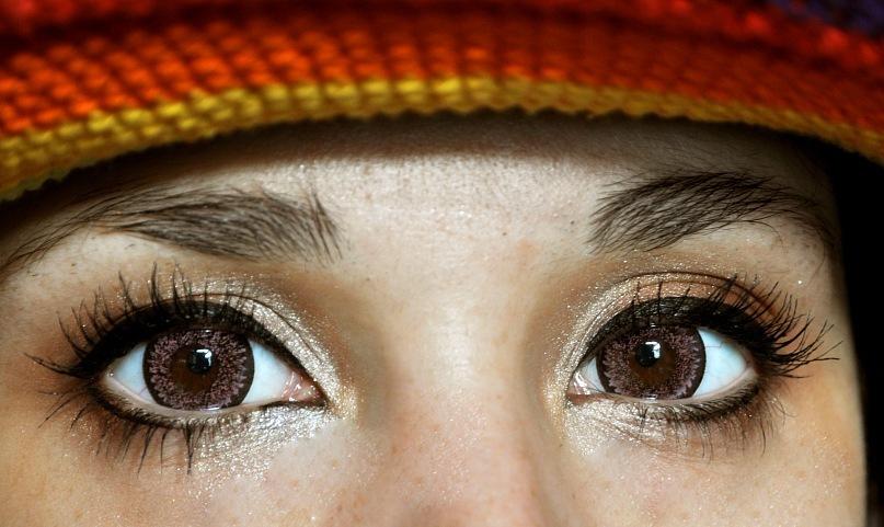 Формирование карих глаз фото