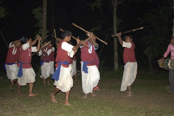 Танцы Тару
