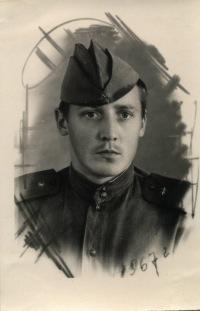 Виктор Лежнин, 18 ноября 1945, Петрозаводск, id154146175
