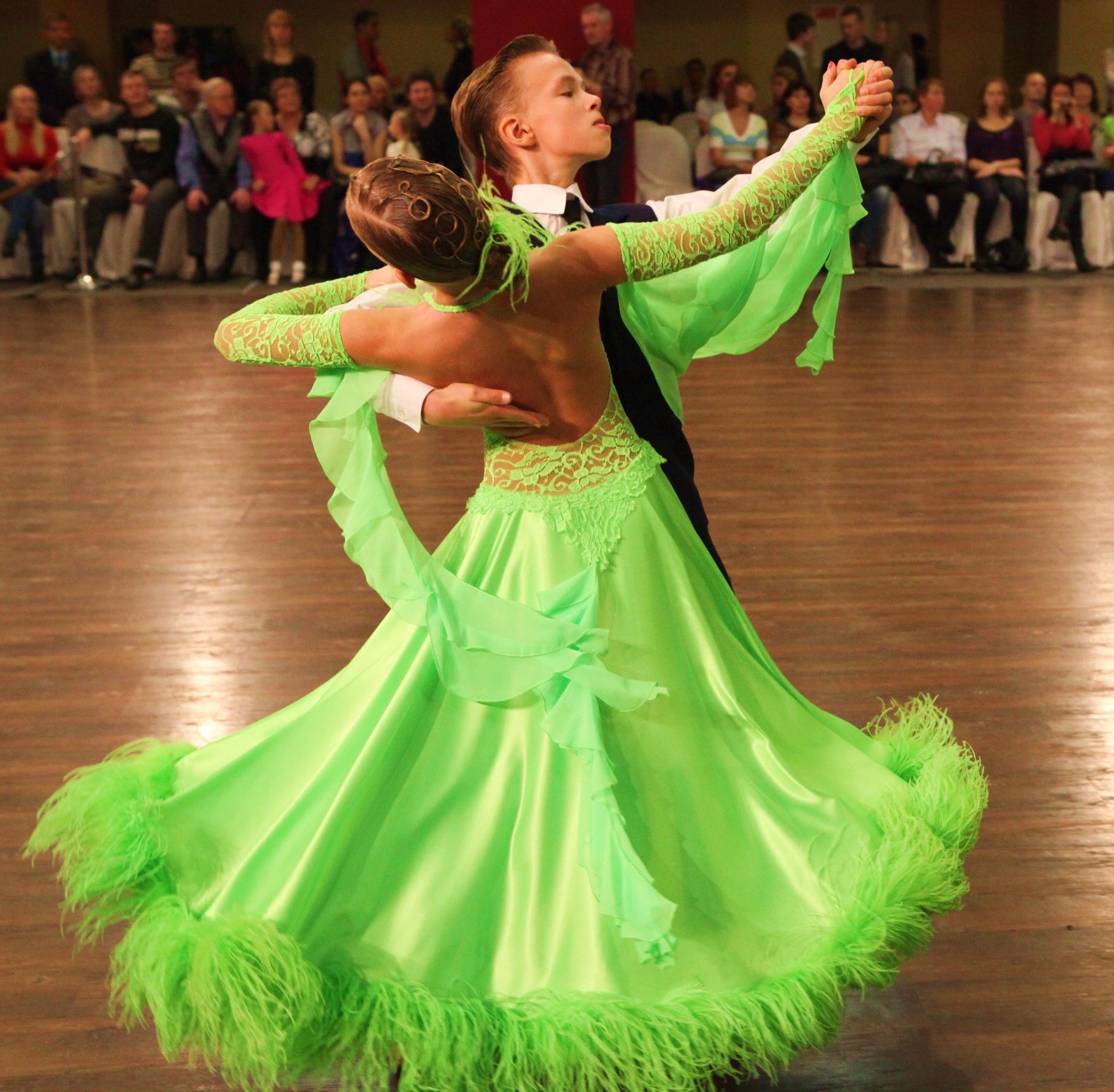 Фото платьев для спортивных бальных танцев 4