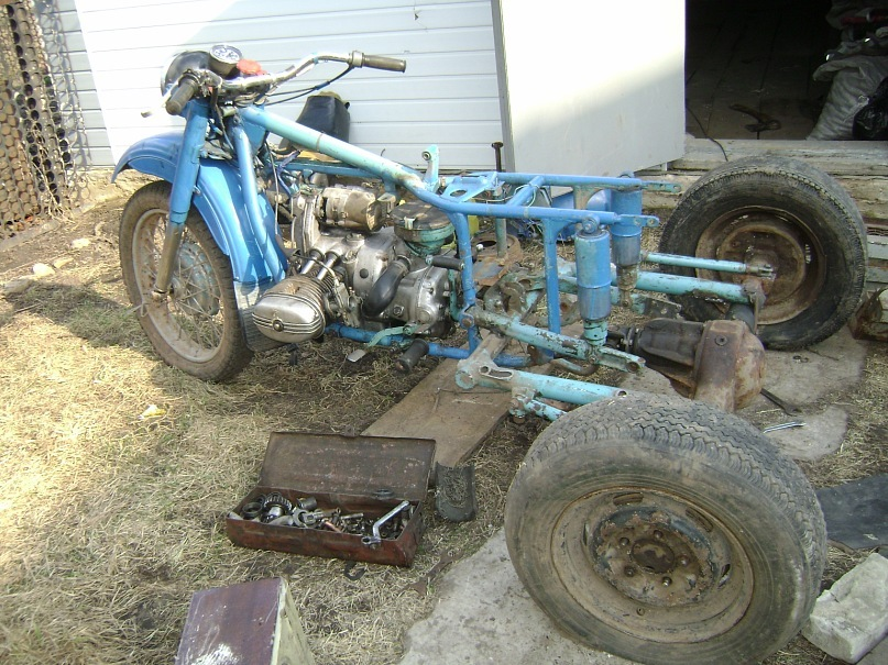 Сделал на мотоцикле урал