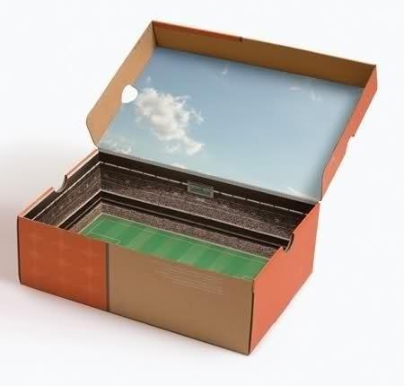 Коробка для кроссовок или бутс Nike