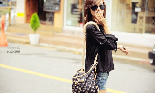 девушка, очки, сумка, луи виттон, джинсовые шорты.