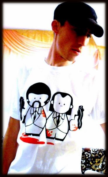 Рисунок на футболке красками для ткани, украшение