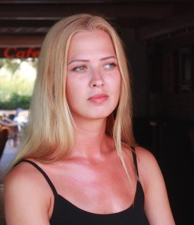 Олеся Свешникова