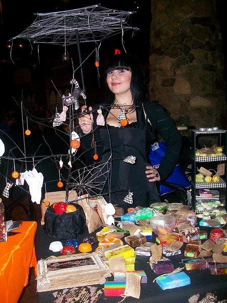 """Фотоотчет с выставки """"Рыжая ворона. Хеллоуин по-русски 2010"""" 16 октября X_213e90e5"""