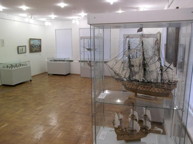 Выставка Андрея и Екатерины Левковых (31 марта)