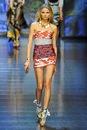 Описание: модные платья весна-лето 2012.