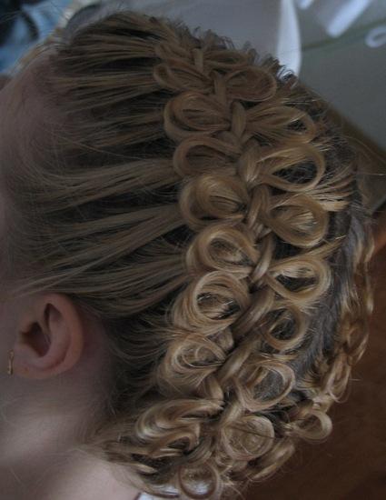 """Причёска  """"Бантики """" на основе французской косы.  Видео от Светланы."""
