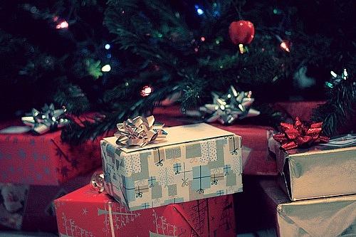 желаю много подарков:Ъ