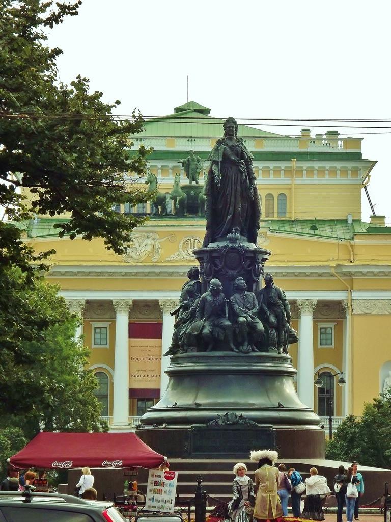 http://cs11297.vkontakte.ru/u13221591/141499903/z_6cd6f2d2.jpg