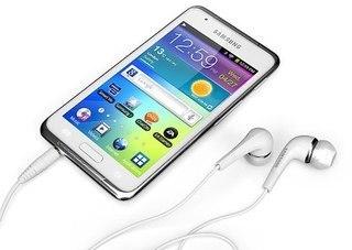 Samsung представила плеер Galaxy S WiFi 4.2